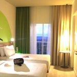 """kamar yang tidak begitu luas tapi bersah dan hebat dengan pemandangan yang """"extraordinary"""""""