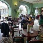 Café / inside