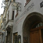 Gasthof Weisses Roessl, heart of the Altstadt