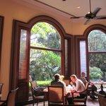 Le Jardin Restaurant for breakfast
