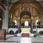 Frontale della Basilica