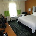 Guest room: king, N/S