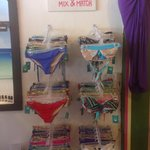 Bikinis y ropa de playa