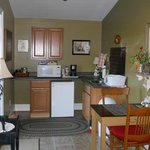 Rosebud Cottage Kitchenette