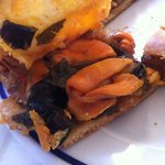 Empanada de mejillones y algas