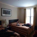 Dos camas matrimoniales, habitación 1206