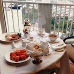 Room Service. Breakfast. ルームサービス 朝食!