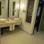 Master bath in presidential suite 200
