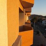 Petits balcons des chambres.