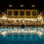 La vista dell'Hotel dei Giardini, ristorante ed Hotel dalla piscina