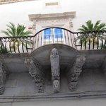"""Arquitecturas (balcones) de la """"isla"""""""