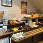 Array of breakfast foods