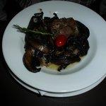 Mushroom starter with smoked ham and goats cheese