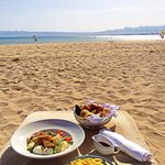 Lunch at the beach - perfect!