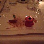Himbeer Parfait mit Apfel Zimt Kuchen