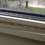 more dust!!window!!