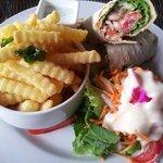 Salsa shrimp wrap