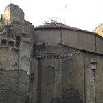 Fachada das Termas de Diocleziano vista da Avenida di Nicola