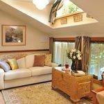 Olinda Cottage - Lounge