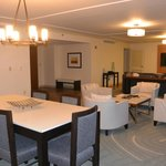 Mansfield Suite