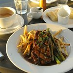 Peppercorn Steak garlic fries and asparagus