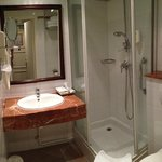 Bath room 15