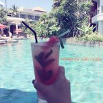 Life at its very best with a drink at the swim-up bar by the pool!