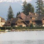 La Maison vu de la promenade lacustre