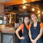 Zeer vriendelijke bediening in de bar en het restaurant