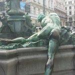 Delizioso dettaglio della fontana