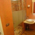 Bagno con micro-lavabo