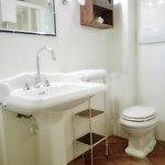 I nostri bagni con ceramiche Old England