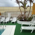 Fin takterrass med pool.