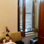 Window behind wardrobe, no mosquito nets, no air con