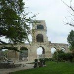 Arles - le jardin d'été -