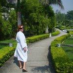 Lindos jardins até a piscina!