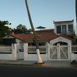 Tres Palmas Inn Front Gate