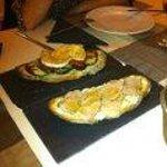 Tosta de queso de cabra y verduras y Tosta de roast beef