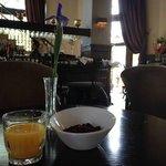 Breakfast in the bar/lobby