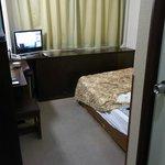 客室(入口側から見る)