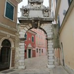 Porte antique : Arche Baldi