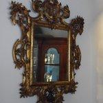 Spiegel en spiegelbeeld .