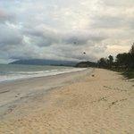 리조트앞 해변