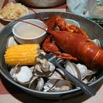 Shore dinner lobster pot - Wow, that was a lot of steamers. Yum!