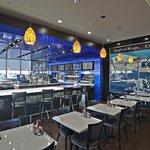 Phillips Seafood Newark Dining
