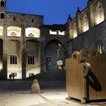 Vista Plaça del Rei i capella de Santa Àgata