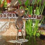 Doofus' Monkey - Very Pretty Decorations