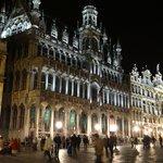 Grand Place de Bruxelles la nuit (Photo CL)