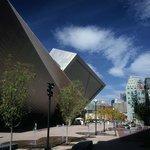 Frederic C. Hamilton Building/Plaza