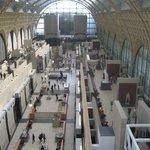 La galleria centrale del museo, vista dall'alto